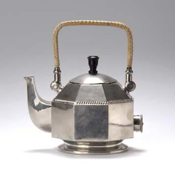 Tea- / Waterpot by von Zezschwitz