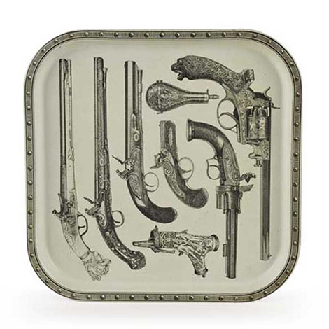 "Laquered metal tray ""Pistols"""