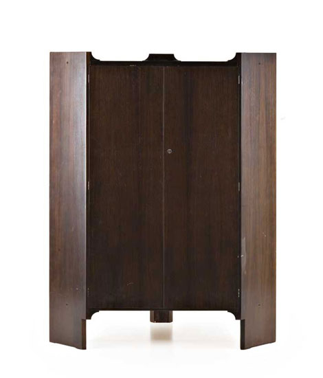 Rosewood corner cabinet by Wannenes Art Auctions