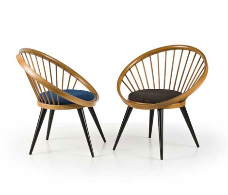 Pair of italian wood chairs