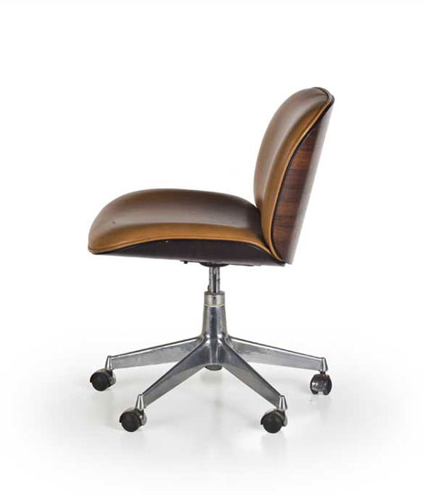 Pair of office chairs von Wannenes Art Auctions