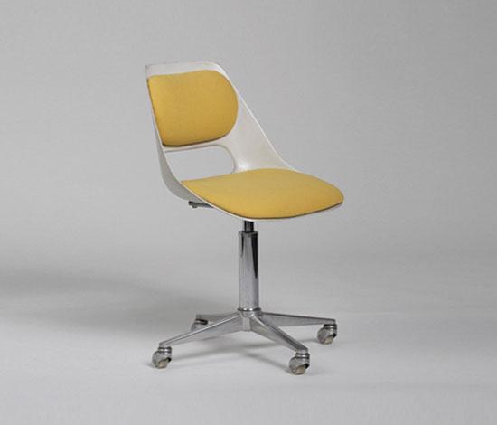 230/5 Chair by Wilkhahn Design Archiv