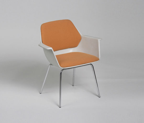 240/5 Armchair by Wilkhahn Design Archiv