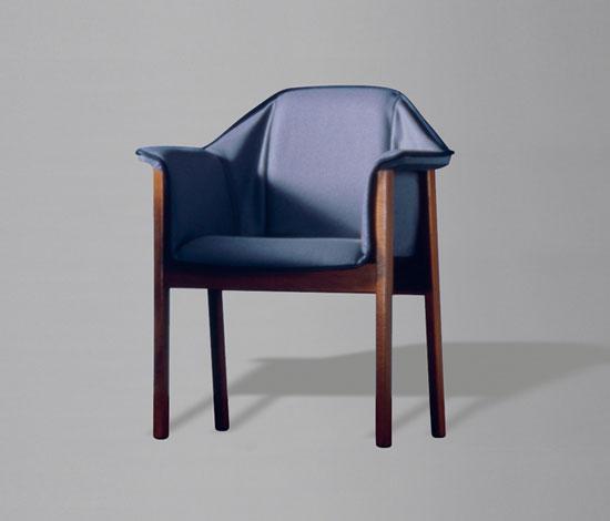 Pelerine Stuhl von Wilkhahn Design Archiv