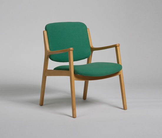 407 Armchair by Wilkhahn Design Archiv