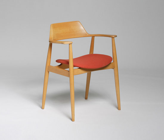 411 Chair di Wilkhahn Design Archiv