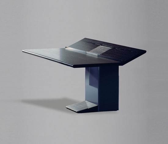 Wilkhahn Design Archiv-Uno Table