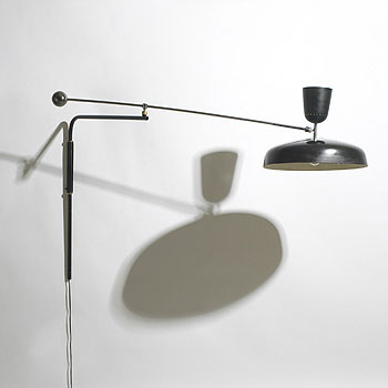 Articulated wall lamp