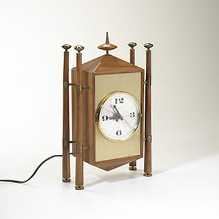 Baroque table clock