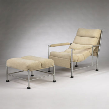 Lounge chair/ottoman No. 1002/1061