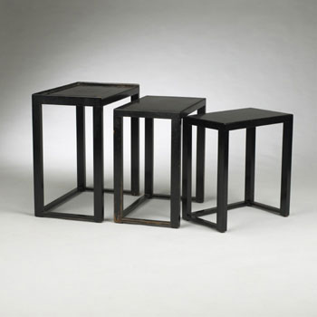 Wright-Nesting tables