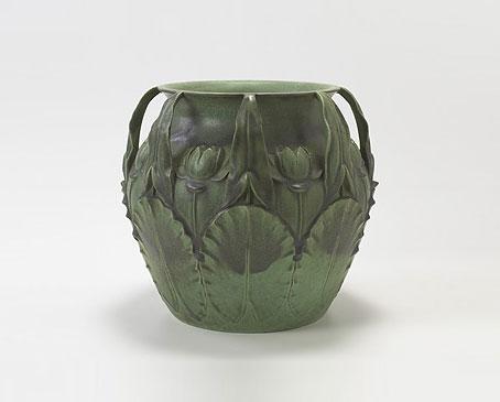 Massive vase