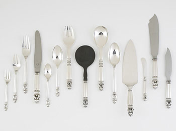 Acorn silverware by Wright