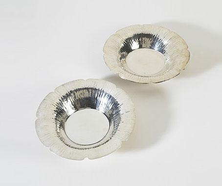 Plates, pair