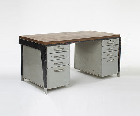 Bureau Metal