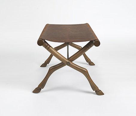 Okladias Diphros stool