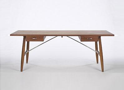 Desk, model #AT 325 A