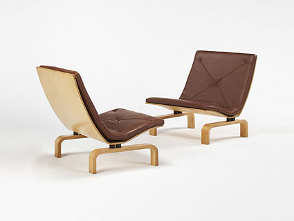 PK 27 easy chairs, pair