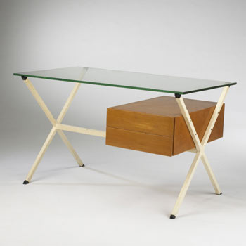 Desk, model no. 80 by Wright