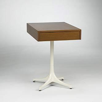 Pedestal End Table, model 5655
