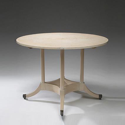 Drop leaf breakfast table
