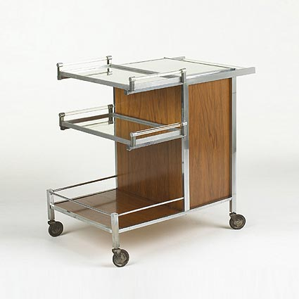 Adjustable bar cart
