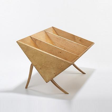 Book crib, model no. T-709