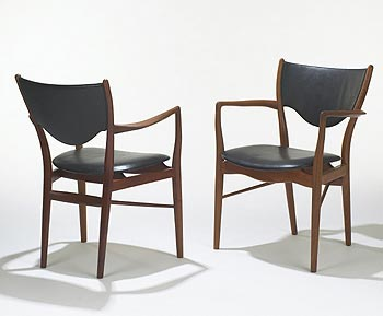 BO-46 armchairs, pair