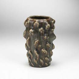Knobbed-Style vessel