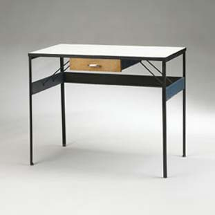 Steelframe desk