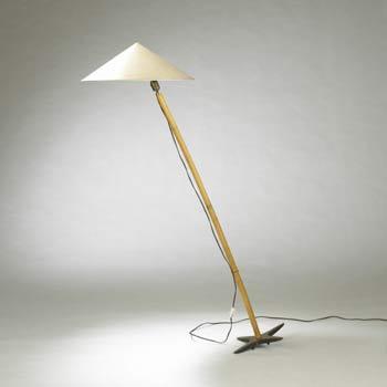 Tilt floor lamp
