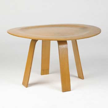 Ash plywood table