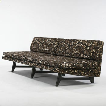 Sofa, model 5523 by Wright