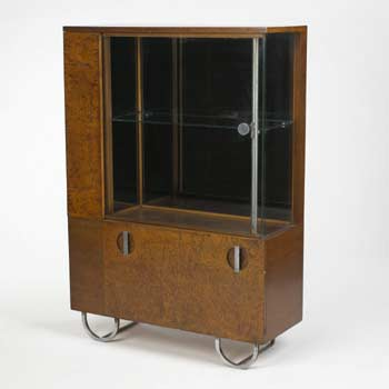 Display cabinet model 3321