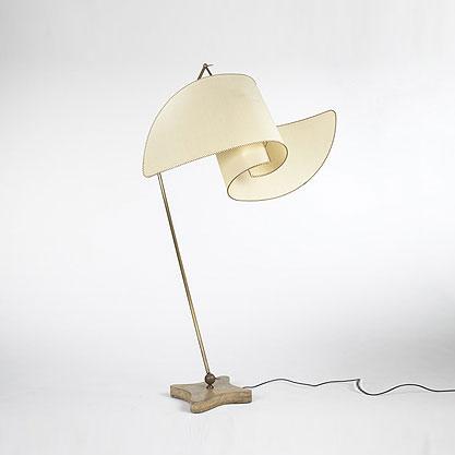 Suora floor lamp