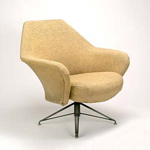 P-32 lounge chair by Quittenbaum
