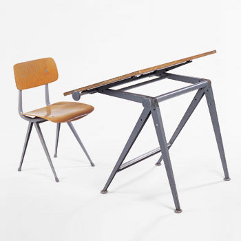 Revolt chair/drafting table