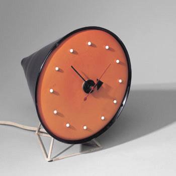 Cone table clock