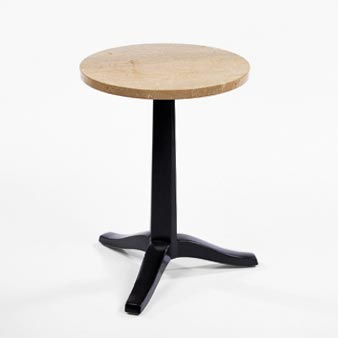 Side table di Wright