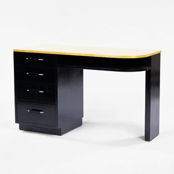Desk / shelf