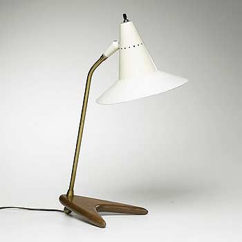 Arrowhead table lamp
