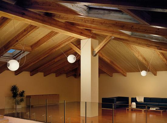 Illuminazione sottotetto legno – Pannelli termoisolanti