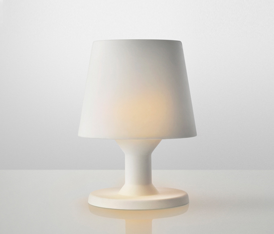 A Cordless Moment Oil Table Lamp By Muuto Product