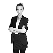 Anna-Elisa Jankovics. Senior International Sales Manager