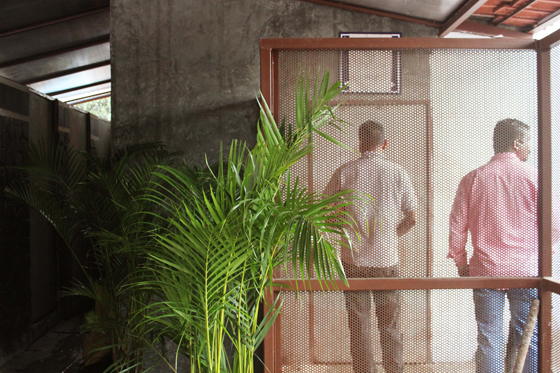 Answer the call: 5 new public toilets | News