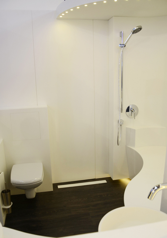 STARON® Hotel Bathroom without Barriers at BAU 2015 | Product Innovations