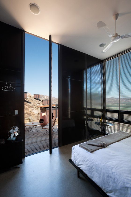 Sleeping Around: contemporary hotel design checks in | Nouveautés