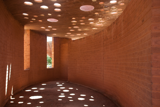 Architecture/New Models: Diébédo Francis Kéré | Industry News