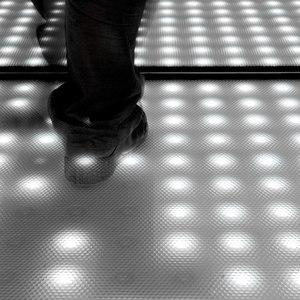 STANDING & FLOOR LAMPS