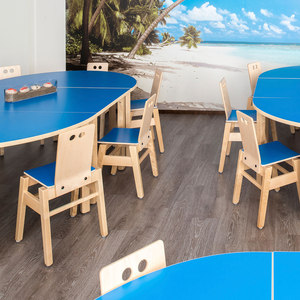 KINDERGARTEN – FURNITURE FOR DINING AND PLAYING